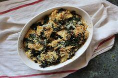 Simplifying Life with Sun Basket — Kendra Castillo Rhubarb Muffins, Rhubarb Desserts, Rhubarb Recipes, Popsicle Recipes, Rhubarb Harvest, Healthy Homemade Ranch, Super Nachos, Rhubarb Crunch
