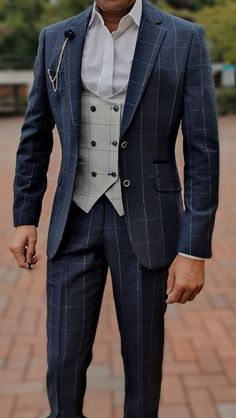 Turn your monotone three piece suit to something attractive and interesting. Add the Radika Waistcoat and see your style score surge unprecedented.