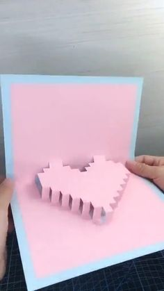 Cool Paper Crafts, Paper Crafts Origami, Diy Crafts Hacks, Diy Crafts For Gifts, Diy Craft Projects, Creative Crafts, Fun Crafts, Crafts For Kids, Diys