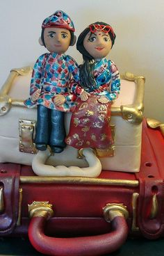 TRADITIONAL CULTURAL DRESS  CREATIVE CAKE ART CAKE TOPPERS  FIGURINES