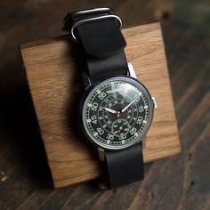 """Ultra rare original vintage Soviet watch Zim """"Aviator"""" 1980 release. Mechanical watch, Vintage watch, Watch vintage."""
