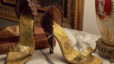 SilkDamask : The Artistry of a Bespoke Shoe: Thyrsus by Iconodu...