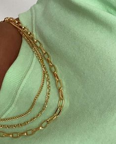 Cute Jewelry, Jewlery, Jewelry Accessories, Fashion Accessories, Women Jewelry, Mint Green Aesthetic, Aesthetic Colors, Camisa Burberry, Mint Green Outfits