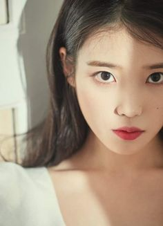 Uploaded by Mae💋. Find images and videos about kpop, beauty and wallpaper on We Heart It - the app to get lost in what you love. Korean Beauty, Asian Beauty, Iu Fashion, Korean Actresses, Korean Celebrities, Belle Photo, Beautiful Asian Girls, Kpop Girls, Korean Girl