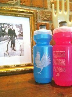 Rouler - LE COQ DE ROULANDRIA // Meta: #Rouler #bidon #cycling #bottle #NOLA
