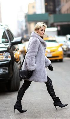 #Shopbop Fashion Director Elle Strauss #NYFW