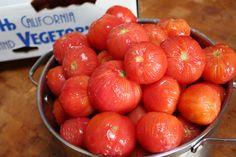 "An Early Girl tomato ""Scorpacciata"" (feeding frenzy). Italian Recipe for Early Girl Tomato Sauce Vegan Gluten Free, Vegan Vegetarian, Early Girl Tomato, Easy Tomato Sauce, How To Peel Tomatoes, Balsamic Vinegar, 4 Ingredients, Italian Recipes, Sauces"