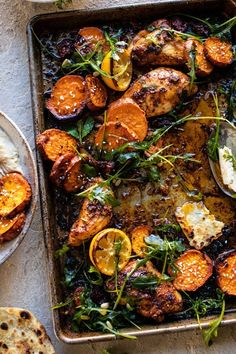 Sheet Pan Chicken Shawarma with Sesame Sweet Potatoes and Hummus Tray Bake Recipes, Dinner Recipes, Cooking Recipes, Healthy Recipes, Meatball Recipes, Chicken Recipes, Meatball Bake, La Trattoria, Le Diner