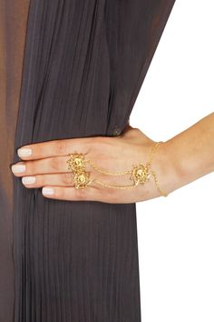 Gold finish number motif two ring haath phool available only at Pernia's Pop Up Shop. Accessories Jewellery, Gold Jewellery Design, Ear Jewelry, Bridal Hair Accessories, Pendant Jewelry, Gold Jewelry, Fashion Accessories, Fashion Jewelry, Women's Fashion