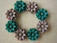 8PCS  Daisy Flower Cabochons  Resin  12mm  Green and by ZARDENIA, $4.80