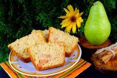 Retete Culinare - Chec cu pere si scortisoara Loaf Cake, Cornbread, Ethnic Recipes, Food, Millet Bread, Essen, Meals, Yemek, Corn Bread