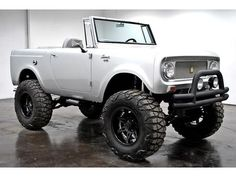 1965 International Scout 4x4 Full Custom V8 3 Speed Automatic Maintenance/restoration of old/vintage vehicles: the material for new cogs/casters/gears/pads could be cast polyamide which I (Cast polyamide) can produce. My contact: tatjana.alic@windowslive.com