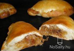 Káposztás pirog Zsuzsamama konyhájából Dumplings, Meat Recipes, Hot Dog Buns, French Toast, Sandwiches, Food And Drink, Pizza, Snacks, Chicken