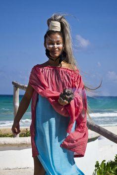 Mayan Girl - Cancun, Mexico - Made Lissidini