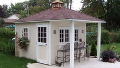 Pool Cabanas in Toronto are custom built by Lee Sheds, our professional Ontario Pool Cabana Shed Builders. Call for a pool cabana shed building estimate. Pool House Shed, Pool House Decor, Pool House Plans, Backyard Sheds, Outdoor Sheds, Backyard Retreat, Pool Houses, Backyard Patio, Backyard Paradise