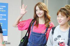 #Yoona#윤아 #ユナ #SNSD #少女時代 #소녀시대 #GirlsGeneration 150724 Weekly Idol Stoprunning530