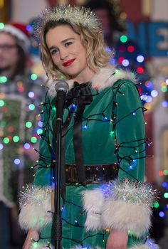 We All Know Emilia Clarke Can Act, but Does She Really Sing in Last Christmas? Yes, Emilia Clarke Really Does Sing in Last Christmas: It Took a Lot of Courage Celebrity Crush, Celebrity Photos, Celebrity News, Emilia Clarke Last Christmas, Last Christmas Movie, Christmas Outfits, Merry Christmas, Emilie Clarke, Daenerys Targaryen