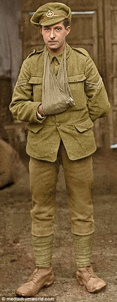 WW1 Images discovered in a French attic spark search to identify British soldiers | Daily Mail Online