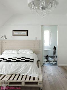 Camas com paletes em quartos sofisticados