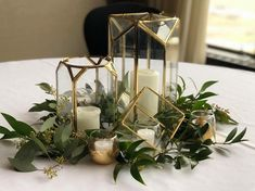 Add in a few purple centered calalilies and this is perfection – Wedding Centerpieces Geometric Wedding, Floral Wedding, Rustic Wedding, Our Wedding, Wedding Flowers, Dream Wedding, Wedding Ideas, Terrarium Centerpiece, Greenery Centerpiece