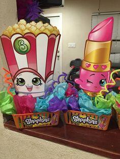 Shopkins centerpiece I made - Modernes Happy Birthday Girls, Girl Birthday Themes, 4th Birthday Parties, Birthday Fun, Birthday Ideas, Shopkins Bday, Shopkins Costume, Shopkins Game, Candy Party