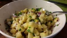 #poppamies #savustus #grillaus #maustaminen #ruoka #ruuanlaitto #mauste #mexmex Potato Salad, Potatoes, Hot, Ethnic Recipes, Torrid