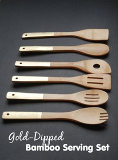Gold-Dipped Bamboo Serving Set - Homemade Gift DIY - Mom it ForwardMom it Forward Easy Diy Crafts, Creative Crafts, Home Crafts, Creative Ideas, Diy Hacks, Diy Furniture Store, Smart Furniture, Furniture Projects, Wood Projects