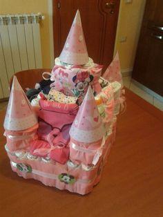 Torta di pannolini castello diaper cake