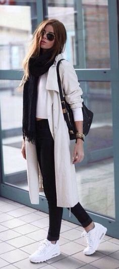 Casual outfit for the winter - Fashion Design Sneakers Fashion Outfits, Mode Outfits, Winter Outfits, Casual Outfits, Sneakers Style, White Sneakers Outfit, Fashion Shoes, Sneaker Outfits, Fashion Clothes