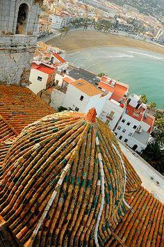 ✮ Peñíscola, Castellón, Spain ~~ For more: - ✯ http://www.pinterest.com/PinFantasy/viajes-com-valenciana-sp/ and - ✯ http://www.pinterest.com/PinFantasy/viajes-espa%C3%B1a-en-im%C3%A1genes/