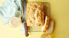 Heat it Up {Recipe: Beer Bread} - Dine and Dish - Easy Cheddar Beer Bread Recipe - A Helicopter Mom - Pumpkin Bread Is Great. Beer Bread Is Great. What About Pumpkin-Beer Bread? Quick Bread Recipes, Beer Recipes, Best Dinner Recipes, Irish Recipes, Cooking Recipes, Recipies, Top Recipes, Kitchen Recipes, Yummy Recipes
