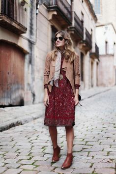 http://stylelovely.com/mydailystyle/2014/10/mondays-like-this