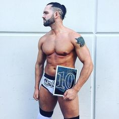 The Perfect 10, Tye Dillinger.