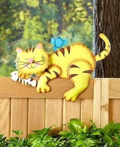 Add a peaceful character to your backyard with this Nap Time Animal Fence Topper. Using the included mounting hardware, secure the animal to the top of your fen