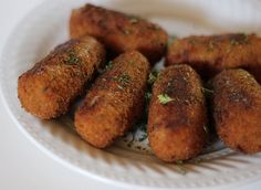 Croquetes de Carne-Meat Croquettes  This is a Portuguese recipe