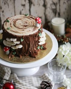 413 Likes, 13 Comments - Edibles Bake Shop Christmas Desserts, Christmas Baking, Christmas Log Cake, Mushroom Cake, Yule Log Cake, Cake Recipes, Dessert Recipes, Cute Desserts, Cake Decorating Techniques