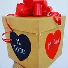 Regalos con Amor ♥ (@tuenvoltorioideal) • Fotos y videos de Instagram Paper Shopping Bag, Container, Instagram, Food, Home Decor, Love Gifts, Creative Gifts, Decorated Boxes, Creativity