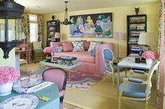 charming yellow room to recreate Sister Parish's cosy, colorful style. Joe Nye, designer