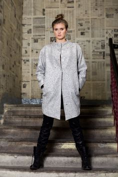 Klasyczny płaszcz oversizowy. Classic oversize coat. http://www.bee.com.pl/e-sklep/