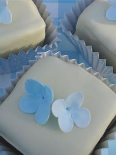 The Coolest Cupcakes: butterfly