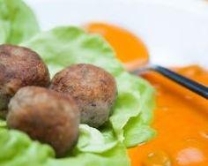 Boulettes de pommes de terre et boeuf à la sauce tomate Sauce Tomate, 20 Min, Baked Potato, Baking, Ethnic Recipes, Desserts, Branches, Food, Balls