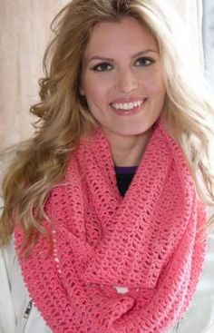 Isis Infinity Scarf Free Crochet Pattern from Red Heart Yarns