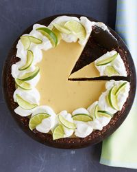 I LOVE Key Lime Pie! Key Lime Pie with Chocolate-Almond Crust Recipe from Food & Wine Beaux Desserts, Köstliche Desserts, Delicious Desserts, Dessert Recipes, Tart Recipes, Wine Recipes, Sweet Recipes, Valentine Desserts, Key Lime Pie
