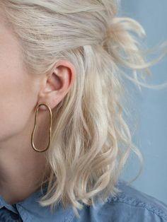 Soft oval earrings in Gold vermeil - Frisuren Hair Peinados Pin Up, Short Blonde, White Blonde Hair, Aesthetic Hair, Grunge Hair, Dream Hair, Hair Looks, Hair Inspo, New Hair