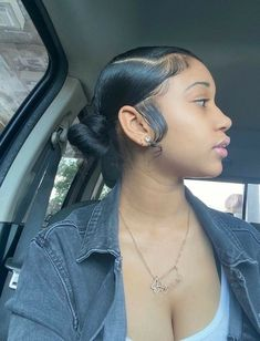 Hair Ponytail Styles, Sleek Ponytail, Curly Hair Styles, Natural Hair Styles, Baddie Hairstyles, Ponytail Hairstyles, Cabelo 3c 4a, Nail Design Stiletto, Hair Laid