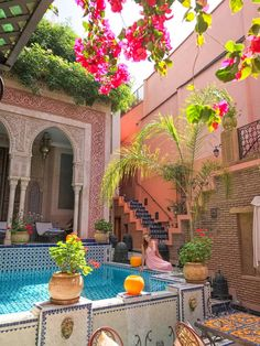 Spending a weekend in Marrakesh? What to do in Marrakesh in 3 days: what to eat, where to go, where to stay. Ideas for a perfect Marrakesh itinerary, Riads In Marrakech, Visit Marrakech, Marrakesh, Visit Morocco, Morocco Travel, Moroccan Garden, Moroccan Decor, Moroccan Design, Patio Interior