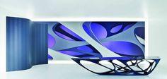 architecture futuriste par Zaha Hadid - papier peint multicolore et table futuriste