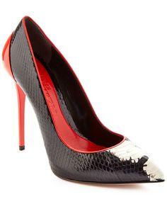 Alexander McQueen Snakeskin & Patent Pointy Toe Pump is on Rue. Shop it now.