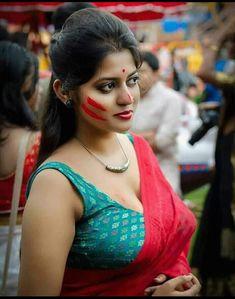 Beautiful Women Over 40, Beautiful Girl Indian, Beautiful Girl Image, Cute Girl Image, Girls Image, Beautiful Girl Drawing, Indian Long Hair Braid, Girls Clips, Indian Actress Photos