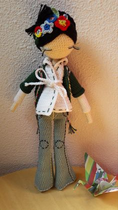 Pop handgemaakt en geïnspireerd op de creaties van Kukukolki. Het is volledig verslaafd en geborduurd met een draad 100% Mercerized cotton en